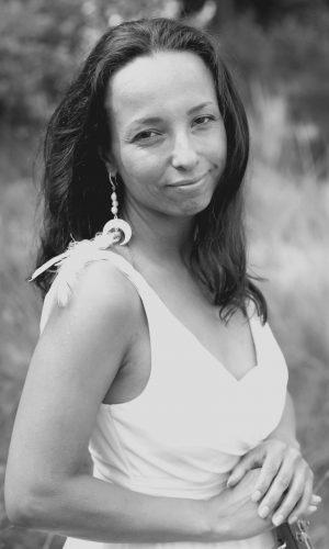 Patricia Leonora Iive uitvaart muziek swan song